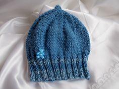 bonnet lutin bébé en coton bleu satiné et petit ours bleu , très doux : Mode Bébé par bebelaine