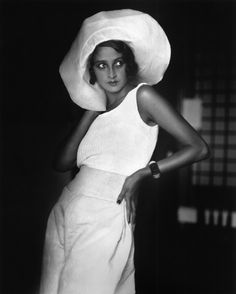 Jacques Henri Lartigue was maried for 2 years to  Renée Perle,  a model chez Doeillet.  He made multiple photos and paintings of her.   Biarritz, août 1930 (renée au chapeau)