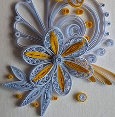 Quilling ~ more than 1 technique in a flower