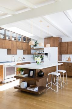 A Bright Midcentury