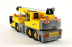 The World's Best Photos by Lego Amaryl - Flickr Hive Mind Lego Truck, Tow Truck, Trucks, Lego Construction, Construction Birthday, Lego Projects, Projects For Kids, Lego Crane, Lego Builder