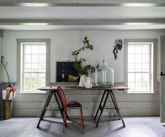 Kitchen woodwork painted in Farrow & Ball Drop Cloth to complement the walls in Farrow & Ball Shadow White Shadow White Farrow And Ball, Farrow And Ball Paint, Farrow Ball, Mad About The House, Modern Country Style, Modern Rustic, Paint Brands, Painted Floors, Interior Inspiration