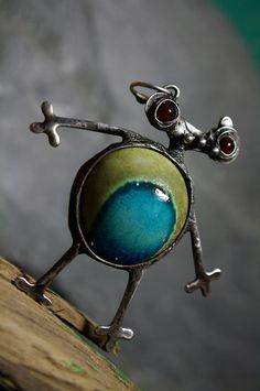 art jewel by Andrea Tanaki Fejtkova