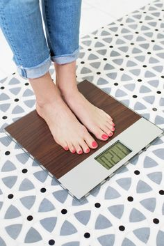 7 Signs You're Losing Weight (Even When the Scale's Being Rude)