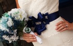 anemone, blue, bouquets, elegant, garden rose, light blue, turquoise, white, brides' belts, navy blue, pearls, ombre