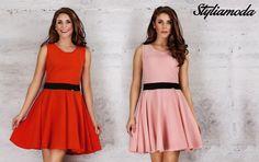 Kobieca, rozkloszowana sukienka z ozdobnym paskiem w talii. Idealna na romantyczny wieczór :) http://styliamoda.pl/home/4384-rozkloszowana-sukienka-z-panelem-w-talii.html#/rozmiar-s/kolor-rozowy