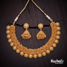 Elegantly crafted #antique necklace plated with #gold polish