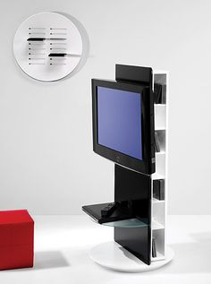 Mueble TV giratorio Seidho en Portobellostreet.es Tv Furniture, Furniture Design, Swivel Tv Stand, Rack Tv, Tv Panel, Tv Display, Tv Wall Design, Wall Mounted Tv, Tv Unit