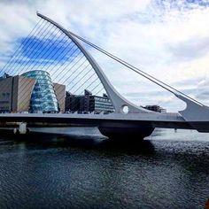 via Instagram bertholdkolberg: #dublin#überwasser #bridge