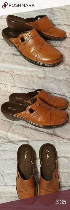 Clarks Brown Leather Mules Clogs Slip On Shoes In new condition.  Never worn.  Women's Size 8 Clarks Shoes Mules & Clogs