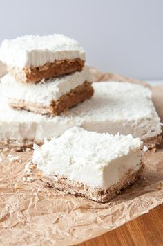 Raw Vegan Lemon Coconut Cream Bars -- deliciously guilt-free! http://www.veganfamilyrecipes.com/2015/05/lemon-cream-bars.html