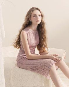 純淨優雅縷空蕾絲洋裝|女裝|MEIER.Q