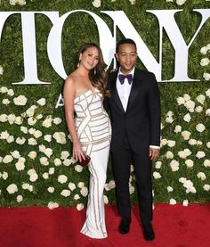 """Chrissy Teigen Clapped Back At A Troll Who Said She'll """"Show Up To Anything"""""""
