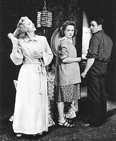 Jessica Tandy as Blanche Du Bois in the original Broadway production of A Streetcar Named Desire