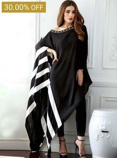 Pakistani Dresses Casual, Indian Fashion Dresses, Pakistani Dress Design, Indian Designer Outfits, Casual Dresses, Dresses Dresses, Dresses Online, Designer Dresses, Girls Dresses