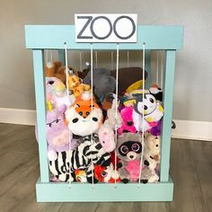 My stuffed animal zoo is done! Swipe to see how my teenager staged it. Sharing for a couple hashtags. Baby Zoo, Zoo Animals, Animals For Kids, Tier Zoo, Zoo Toys, Busy Boards For Toddlers, Girl Room, Kids Bedroom, Do It Yourself