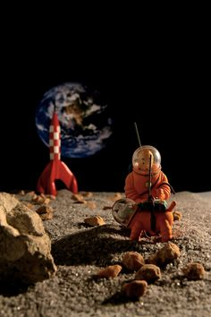 Tintin & Milou on the Moon! Planet Earth in the sky!