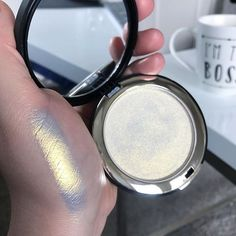 Give Me Glow Cosmetics Halo Highlighter Swatches Highlighter Makeup, Skin Makeup, Makeup Brushes, Highlighters, Mac Brushes, Makeup Set, Prom Makeup, Makeup Goals, Makeup Collection