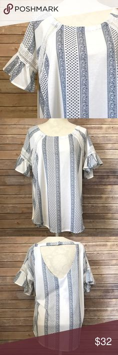 """Bell Sleeve Open Back Striped Floral Crochet Top Bust: 25"""" Length: 28""""  Condition: No Rips; No Stains  100% Polyester   📦Orders are shipped within 24hrs! {Except weekends}📦  🚫No Trades🚫No Holds🚫 Tops Blouses"""