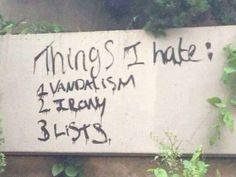 Drievoudige graffiti-artiest opgepakt.