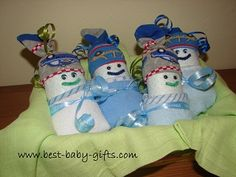 Make A Diaper Animal…diaper snails and diaper owls tutorial Making A Diaper Animal… instructions for diaper snail, owl, caterpillar… - Newborn Diaper Change Cute Baby Shower Gifts, Baby Shower Crafts, Unique Baby Shower, Baby Shower Decorations, Creative Baby Gifts, Best Baby Gifts, Newborn Diapers, Diaper Babies, Diaper Cakes Tutorial