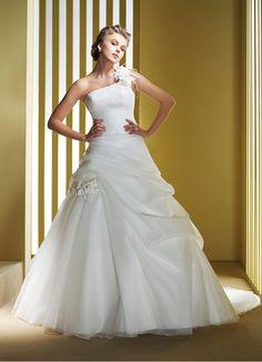 Elianna Moore Bridal Gown Style - EL1181