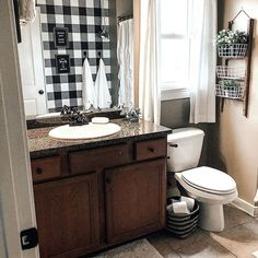 Farmhouse Bathroom Decor Ideas As far as home-improvement projects go, it's not the scale of the changes that you make. Modern Farmhouse Bathroom, Rustic Farmhouse Decor, Farmhouse Style, Bathroom Small, Bathroom Ideas, Bathroom Inspo, Bathroom Designs, Bathroom Wallpaper, Bathroom Styling