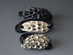Galleria d'immagini con gioielli in ceramica realizzati da Rita Miranda