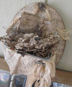 Nest in a purse ~ Lisa McIlvain - just gorgeous for anytime!