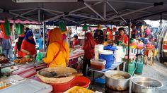 Night Market in Cenang (Langkawi) - Check more at https://www.miles-around.de/asien/malaysia/das-beste-essen-auf-langkawi/,  #Essen #Langkawi #Malaysia #Nachtmarkt #Reisebericht #Restaurant