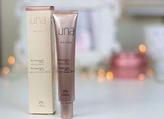 Confira uma lista das melhores bases para a pele oleosa, desde as mais em conta até as mais caras. Uniq One Revlon, Foundation, Make Up, Cosmetics, Beauty, Hair, Expensive Makeup, Makeup Brands, Makeup Tricks