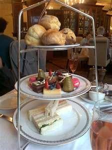 Hotel Windsor afternoon tea