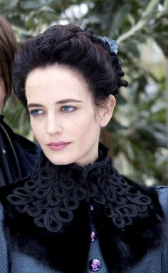 Penny Dreadful, Reeve Carney as Dorian Gray Eva Green as Vanessa Ives. Eva Green Penny Dreadful, Penny Dreadful Tv Series, Vanessa Ives, Dorian Gray, Penny Terrible, Frankenstein, Au Hasard Balthazar, Penny Dreadfull, Actress Eva Green