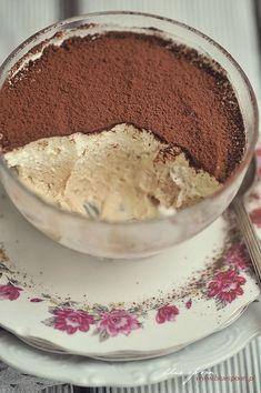 Prosty deser z macarpone | blue spoon - blog kulinarny Healthy Dessert Recipes, No Bake Desserts, Cake Recipes, Sweets Cake, Spoon, Sweet Tooth, Deserts, Food And Drink, Pudding