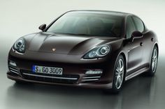 Porsche new Panamera Platinum Edition will be ready for markets at the end of November 2012. This will be available in two models Panamera 4 and Panamera Diesel and will be available in a choice of five exterior colors black, white, metallic basalt black, metallic mahogany lacquer and metallic carbon grey.