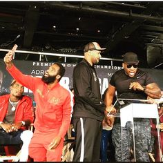 """. @bigbabymiller vs @gwgallonegro #war MY BIRTHDAY WEEK WILL BE A GOOD ONE  #JULY #LEO BARCLAYS CENTER TO HOST BLOCKBUSTER MATCH-UP FEATURING FOUR-DIVISION WORLD CHAMPION #ADRIENBRONER VS. UNDEFEATED THREE-DIVISION CHAMPION #MIKEYGARCIA ON SATURDAY, JULY 29  Presented by Premier Boxing Champions LIVE on SHOWTIME --Tickets On Sale Thursday, June 15 at 10 a.m.-- BROOKLYN (June 13, 2017) -Four-division world champion Adrien """"The Problem'' Broner and three-division world champion Mikey Garcia…"""