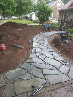 flagstone pathway All set time for mortar - Modern All set time for mortar Backyard Walkway, Outdoor Walkway, Outdoor Landscaping, Front Yard Landscaping, Flagstone Pathway, Stone Walkway, Walkways, Driveways, Garden Stones