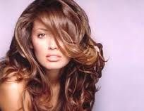 S.O.S. Cabelos: Como dar volume aos cabelos finos!