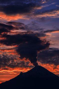 Smoking Popo, Mexico -- by Carlos Rojas on 500px