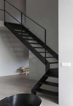 Awesome 43 Vintage Minimalist Home Stair Design Ideas That Look More Cool For Future Home Interior Design Blogs, Swedish Interior Design, Swedish Interiors, Interior Styling, Home Stairs Design, Interior Stairs, Steel Stairs Design, Stair Design, Minimalist Interior