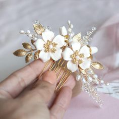 Bridal hair comb Wedding hair comb Crystal hair comb Pearl bridal hairpiece Gold hair vine Flower co