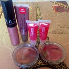 Lip gloss bundle Lip gloss bundle, 6 items. Sephora and 2 Clinique items are brand new. 3 Revlon items are gently used to try. Sephora Makeup Lip Balm & Gloss