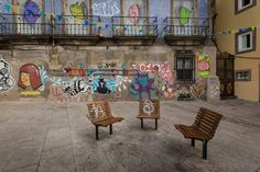Porto Through The Lens - Words and Photography by Pete Heck 23.11.2015 | Porto, Portugal invigorated my creative side. My photography sessions gave me many reasons to love this city. Photo: Porto Street Art
