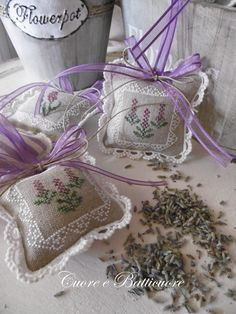 From: Cuoreebatticuorericamoecucitocreativo, please visit Lavender Crafts, Lavender Bags, Lavender Sachets, Cross Stitching, Cross Stitch Embroidery, Hand Embroidery, Cross Stitch Patterns, Lavender Cottage, Scented Sachets