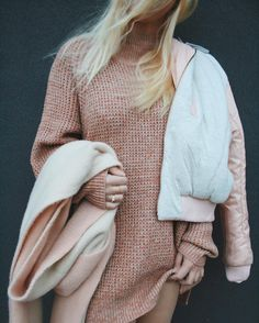 Cozy all day in the Waffle-Knit Turtleneck Sweater. Fashion Now, Everyday Fashion, Winter Fashion, Girl Fashion, Kinds Of Clothes, Clothes For Women, Mode Inspiration, Editorial Fashion, Urban Outfitters