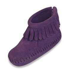 "Minnetonka 1184S - Soft rich purple suede natural leathers - easy to wear and tailored for toddlers. Genuine Minnetonka style. ""Moccasin soul"" for little feet. Featuring VELCRO_ Brand closure. Other colors available."