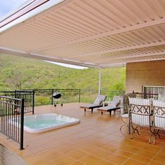 Thuladu is located in the Mbizi Game Lodge in Bela-Bela in the stunning Waterberg region, and offers the ideal patio for a holiday ─ you can catch up with your loved ones, braai and relax in the lovely Jacuzzi with views!  #Jacuzzi #patio #patiowithaview #familytime #holiday #braai #perfectpatio