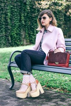 The Dolls Factory is wearing the #Fossil Memoir Novel Flap in Cranberry #fossilstyle #bag