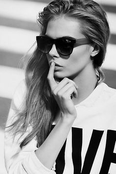 Cara Delevingne♡ #Girls #Sunglasses ♥ #Sexy #Beautiful #Model #Wallpaper **Like**Pin**Share** ♥FoLL0W mE @ #ProvenAsTheBest ♥
