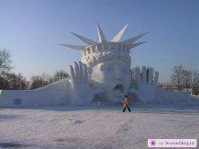 Sneeuwsculpturen 11